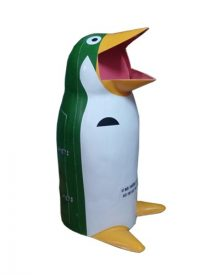thùng rác chim cánh cụt 2021